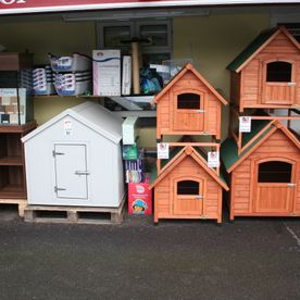 Pet houses and cage selection